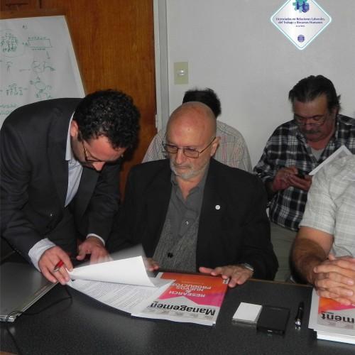 Firma del convenio entre ACILTRHA y CEPBA.